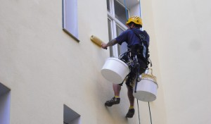 Industriekletterer-Berlin-malerabeit-fassadenreparatur