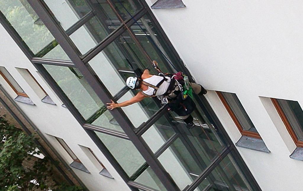 Industriekletterer-Fensterreinigung-Berlin