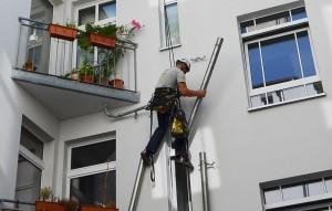 höhenarbeiter-berlin-dachrinnen-abdichten