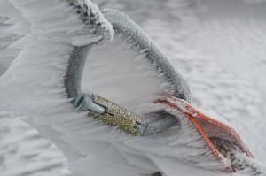 Industriekletter-berlin-schneeraeumung-gefahrenstellen-beseitigung