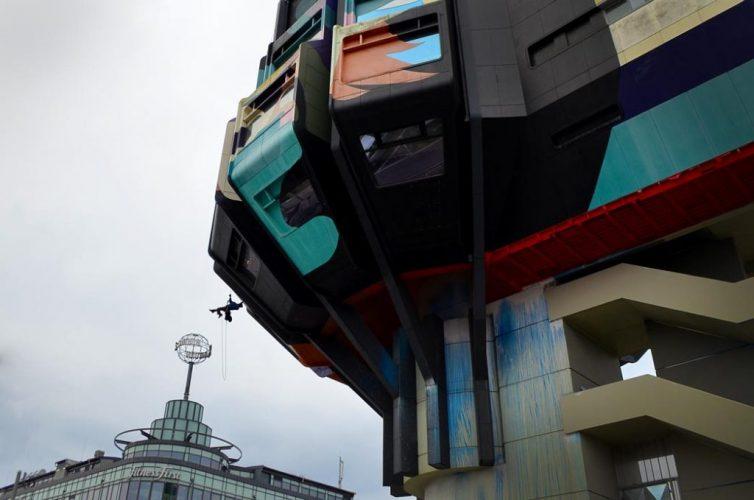 fassadenkletterer-berlin-graffitientfernung-reinigung-graffitibeseitigung-entfernung-beseitigung-fensterreinigung